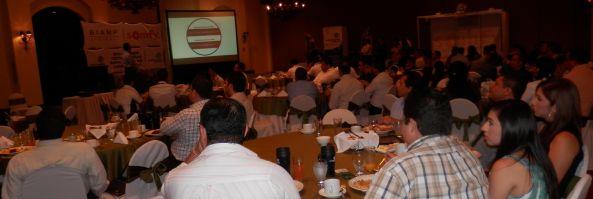 Seminario Equipamiento de Salas de Conferencia